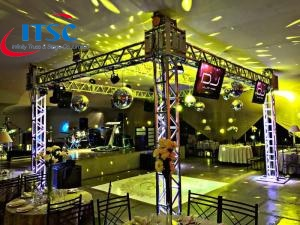 Lighting box truss
